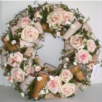 Rosenkranz mit Baumrinde